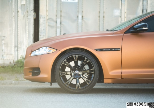 2013 Jaguar XJ in Satin Bronze